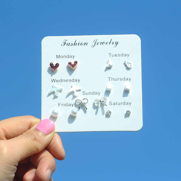 7 Pair/Bag Popular One Week Stud Earrings for Women Multiple Styles Small Heart Tree Crystal Pearl Female Silver Earrings Set