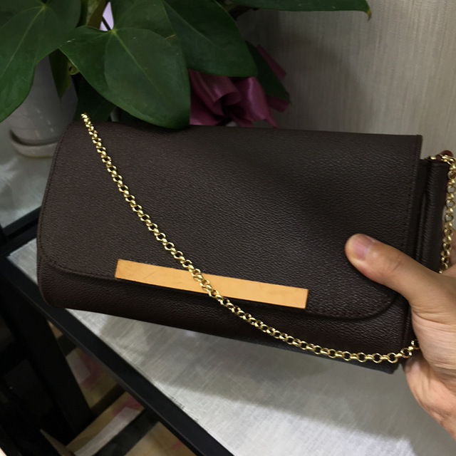Free shipping 2018 Women Bag FAVORITE Pochette Women Classic Shoulder Bag Genuine Leather handbag 28cm Chain Bags Women best quality 2018 new gate shoulder bag women saddle bag genuine leather bags for women free shipping dhl