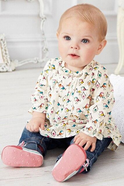 2015 новый Осень/Осень розничная 0-24 м детские одежда для девочек 2 шт. комплект одежды младенца мультфильм кошка/птица повседневная футболка + детские брюки/брюки