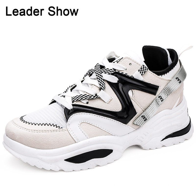 2019 Sneakers For Women Outdoor Hot Sale Comfortable Unisex Running Shoe Light Trend Adult Sport Shoe Thick Bottom Men Run Shoes