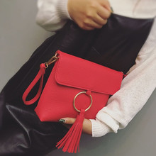 Rojo Color de La Borla de bolsos de las mujeres bolsos de diseñador de Moda de lujo Anillo de Tarde Del Sobre Del Embrague Ocasional Crossbody Bolsas de Mensajero Femenino