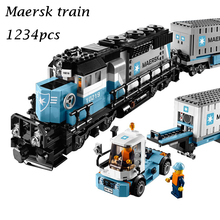 21006 city series The Maersk Train Model Building Blocks set Compatible with lego 10219 Classic car-styling Toys for children