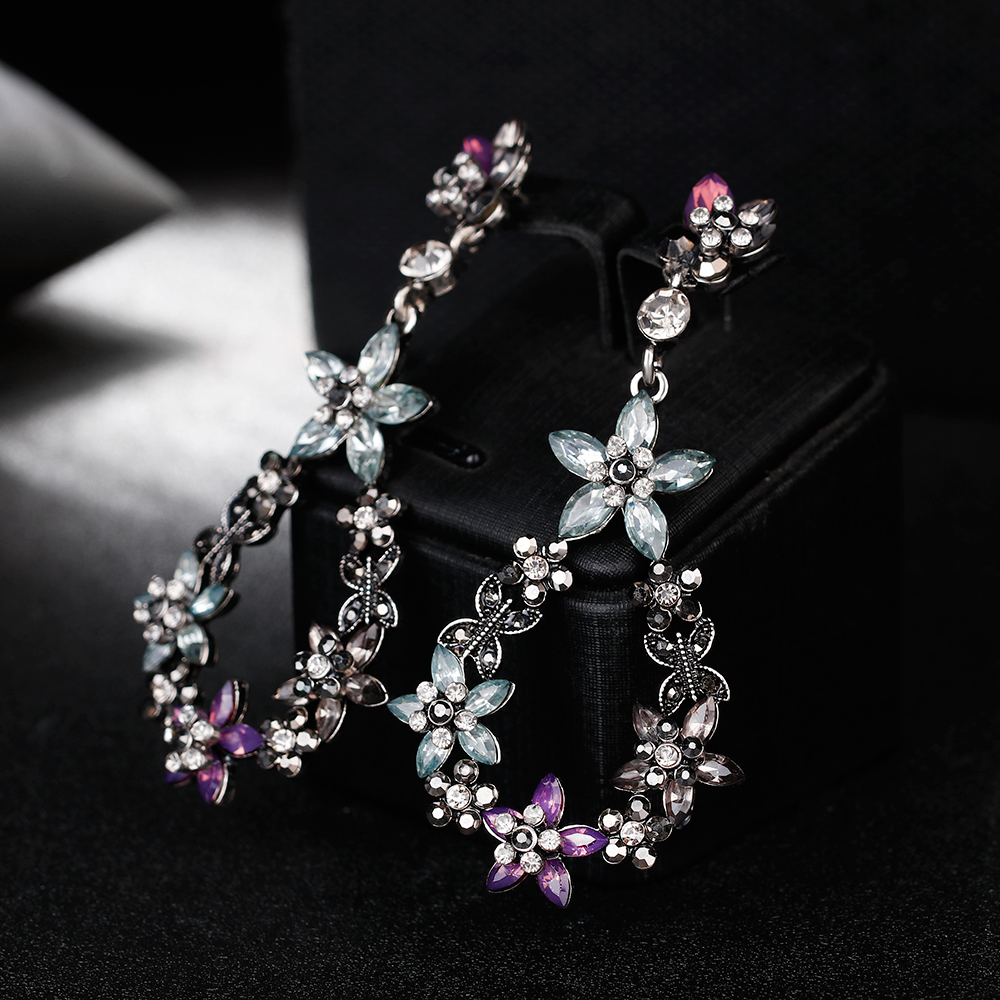 Fashion Indian Earrings Bridal Jewelry Trendy Rhinestone Blue Crystal Drop  Earrings with Stones Earring Jewelry for Women G-in Drop Earrings from  Jewelry ... 18b5c55a7a9e