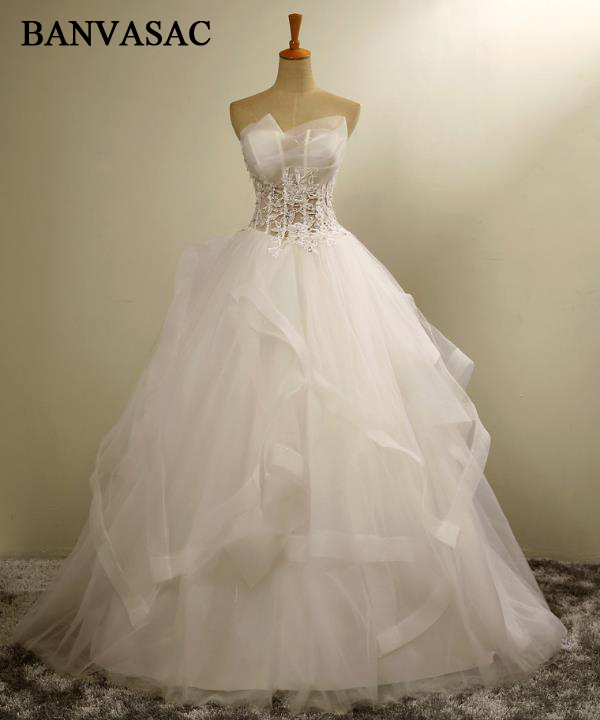 BANVASAC 2017 Νέα Κομψά Κεντήματα Στράπλες Φορέματα Γάμου Αμάνικο Σατέν Βλέπε Γαντζάκια Νυφικά