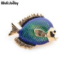 Wuli&Baby Rhinestone Blue Fish Brooches Cute Animal Fish Party Weddings Banquet Brooches Collar Pins New Year's Gifts