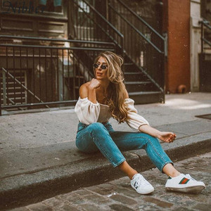 Image 3 - Nibber kadın moda seksi Slash boyun üst T shirt sonbahar yeni zarif beyaz kırpma üst parti düz renk yumuşak elastik ince giyim