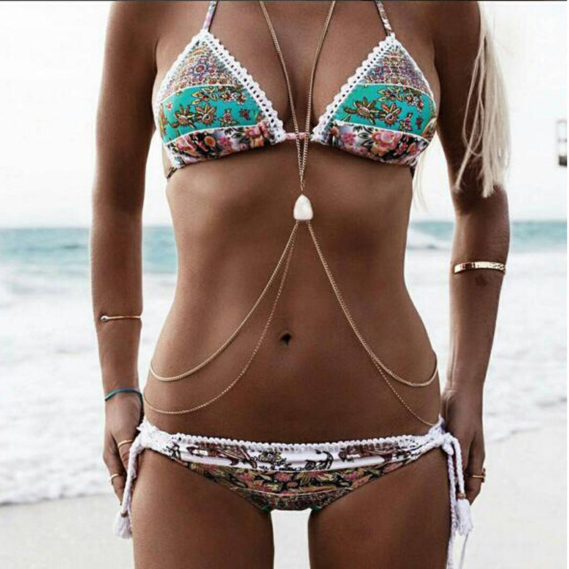 مهدب بيكيني مصغرة الصغرى سلسلة ثونغ ملابس السباحة الشاطئ بيكيني مجموعات شرابة الطباعة بوهيميا مثير يونغ بنات البيكينيات