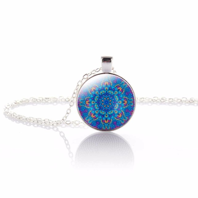 Vintage Jewelry Silver Plated with OM Symbol Buddhism Mandala Glass Cabochon Yoga Pendant Choker Glass Necklace India Jewelry