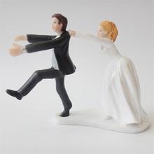 """Ozdoba na svatební dort """"Prchající ženich"""""""