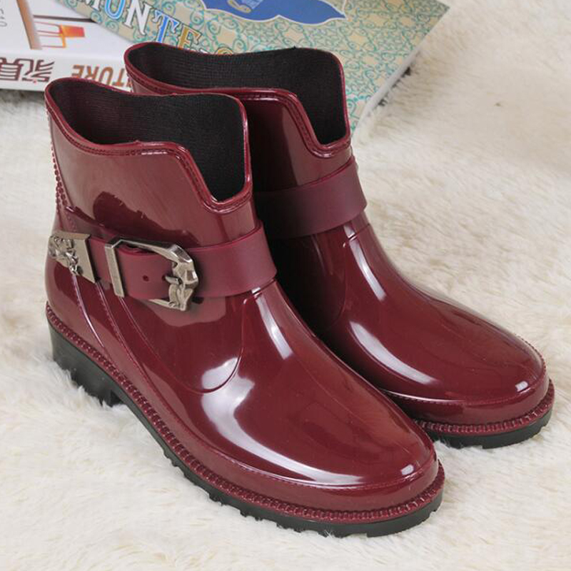 2016 Fashion New Arrival Rain Boots Waterproof Flat With Shoes Woman Rain Woman Water Rubber Ankle Boots Buckle Strap Botas  water shoes spring and autumn woman warm rain shoes and ankle rain boots lady waterproof fashion rubber boots