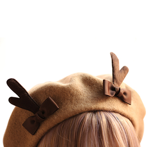 Image 5 - 소녀 봄 겨울 베레모 모자 귀여운 사슴 경적 양모 베레모 여성 Bowknot 화가 스타일 모자 여성 보닛 따뜻한 산책 모자 antlers