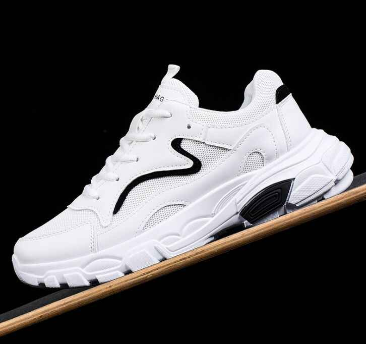 2019 الأزياء حذاء رجالي عارضة النسيج يطير شبكة تنفس ضوء لينة أسود Slipon رجل حذاء الذكور المدربين رياضية الإنسان سباق
