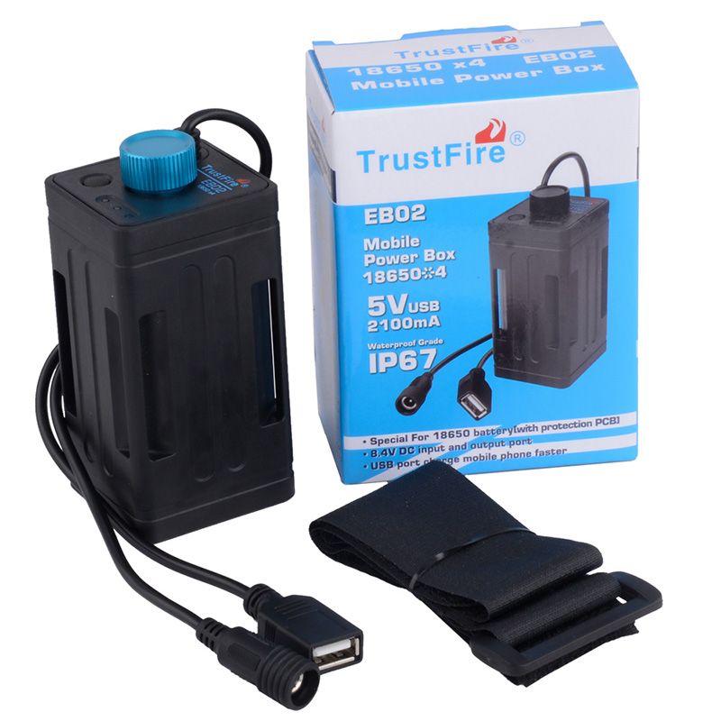 En gros imperméable à l'eau 8.4 V 18650 housse de batterie portative boîte de caisse de batterie de fiabilité pour la lumière de bicyclette Port USB chargeant le téléphone portable