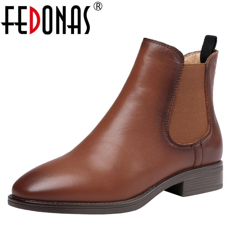 все цены на FEDONAS Top Quality Women Ankle Boots High Heels Genuine Leather Short Motorcycle Boots Retro New 2019 Autumn Winter Shoes Woman онлайн