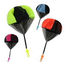 2 Pcs Childrens hand throwing parachute toy soldiers PARACHUTE TOY OUTDOOR toys for children Xams Gifts
