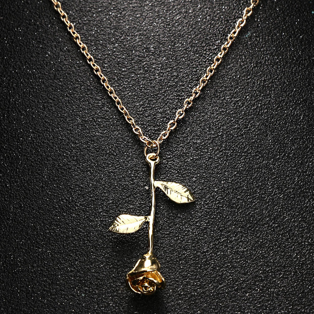 Delicate Rose Flower Pendant Necklace for the girlfriend