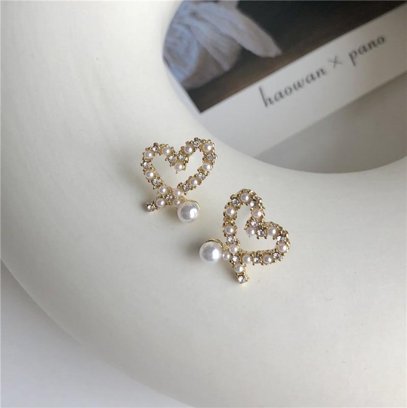 Sweet Rhinestones Stud Earrings Fashion Irregular Heart Pearl For Women Jewelry Accessories Wedding Bohemian Bijoux