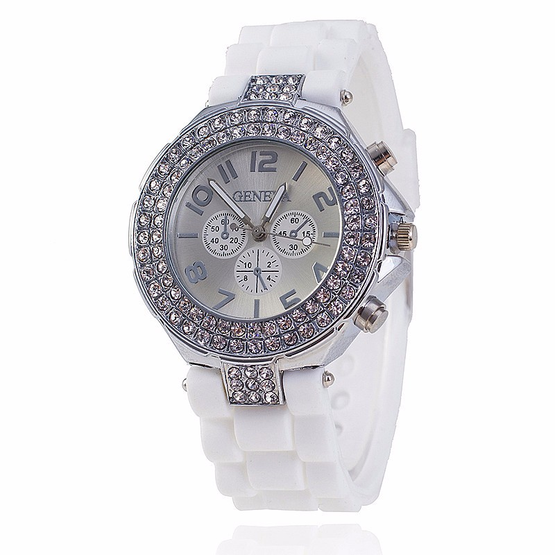 2018 Hot Brand Silicone Watch Women Watches Fashion Geneva Rhinestone Sports Quartz Wristwatches Ladies Clock Relogio Feminino