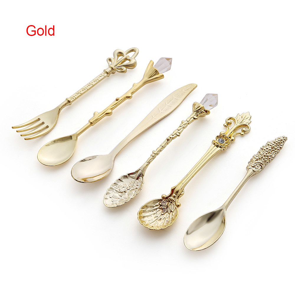 6pcs Vintage Spoons Fork Mini Royal Style Metal Gold Carved Coffee Snacks Fruit Prikkers Dessert Fork Kitchen Tool Teaspoon 1set 7