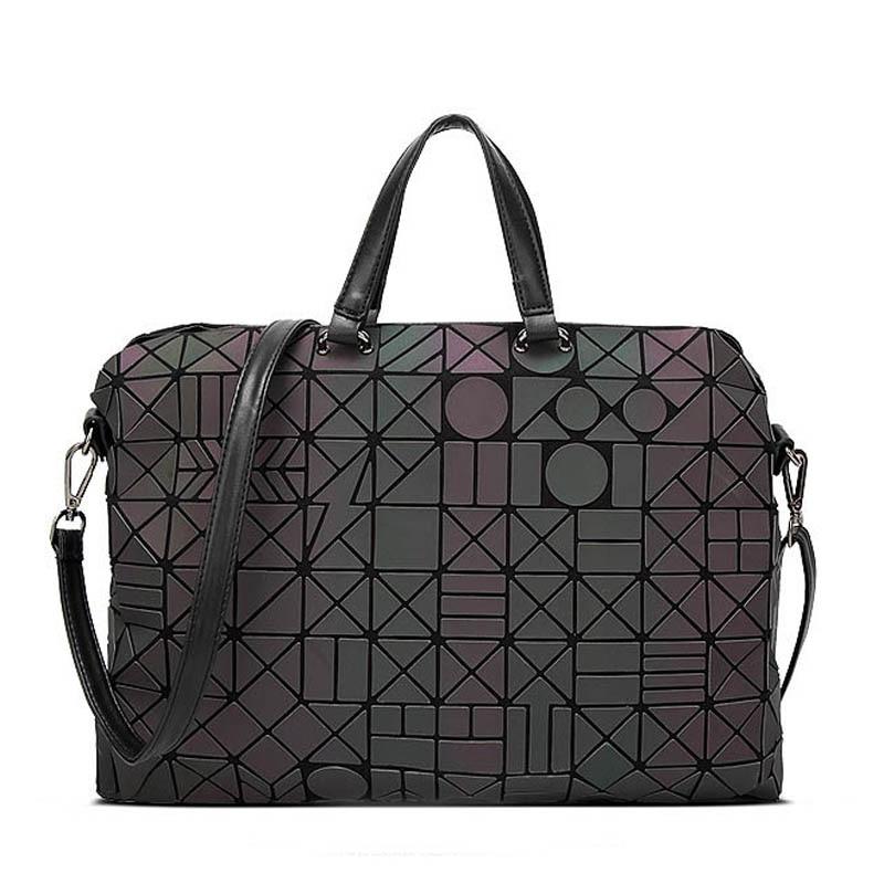 Drop shipping 2018 Women Luminous sac Bag Diamond Tote Geometry Quilted Shoulder Bags Laser Plain Folding Handbags bolso