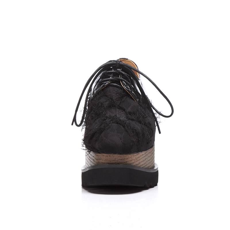 Krazing pot Herfst vierkante teen speciale materiaal lace up platte platform loafers ademend vintage moderne fringe oxfords schoenen L35-in Platte damesschoenen van Schoenen op  Groep 2