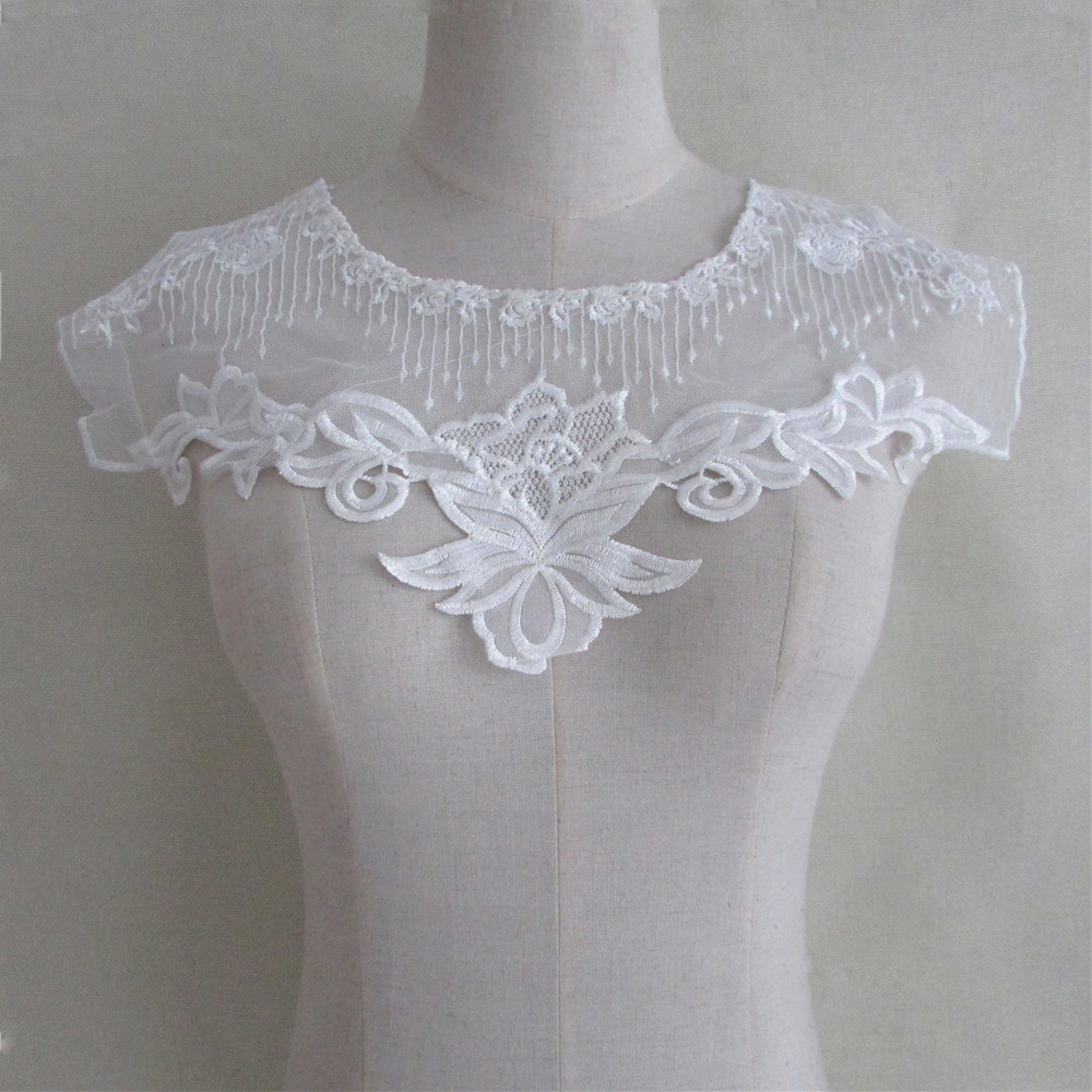 2017 new Beautiful style new 1pcs sell Fine white DIY lace craft Fabric Embroidered Lace Collar Trim Clothes Sewing Applique