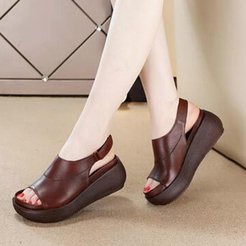 Tyawkiho Véritable En Cuir Femmes Sandales Café 6 cm Haute Talons Sandales Wedge Chaussures D'été 2018 Poissons Bouche Rétro Chaussures À La Main