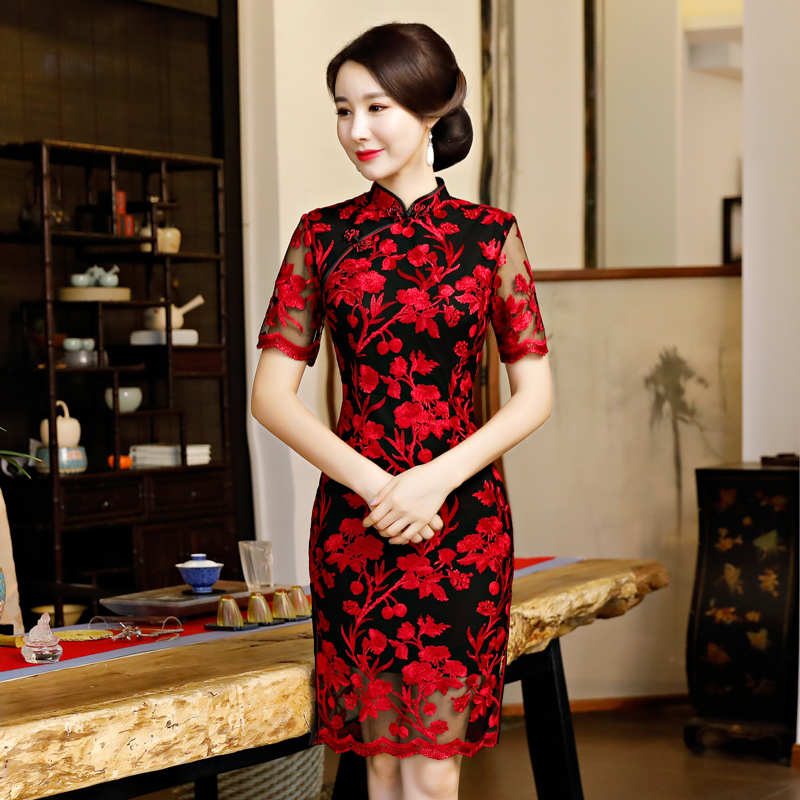 Short style Ladies Mesh Embroidery Cheongsam 2018 Stylish Chinese Knee Length Dress Womens Qipao Slim Party