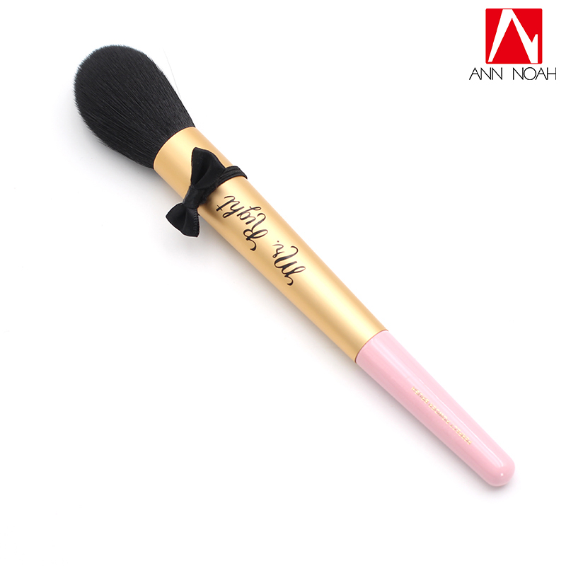 Professional Long Pink Rose Gold Wood Handle Soft Fluffy Hair Mr. Right Perfect Face Powder Makeup Brush With Bow Tie vander 8pcs professional rose pink