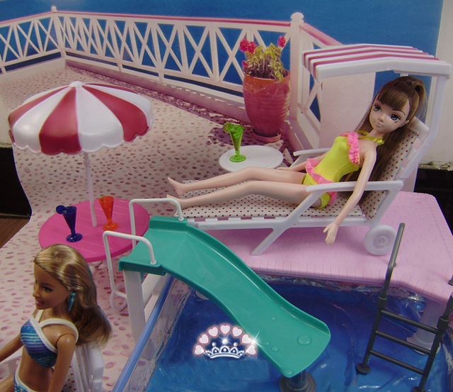 New Arrival New Year Gift Play House Toys For Children Furniture For Doll Swimming Pool