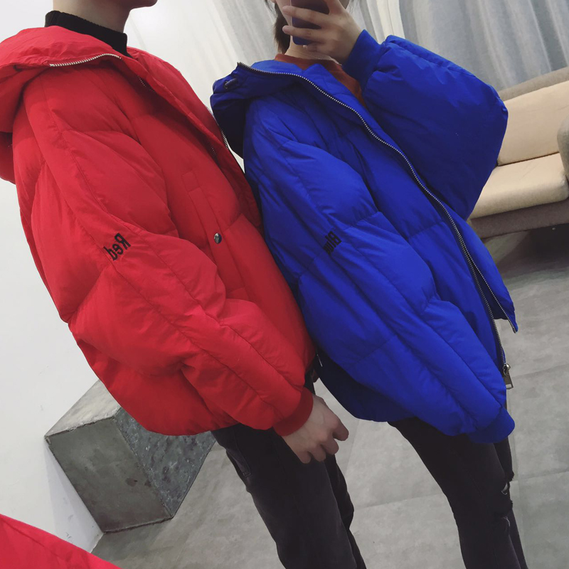 A couple of Korean men and women wear winter coat bread bat sleeve loose hooded cotton padded jacket youth thickening
