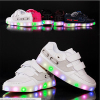 2015 European Fashion Cute LED Lighting Children Shoes Hot Sales Lovely Kids Sneakers High Quality Cool