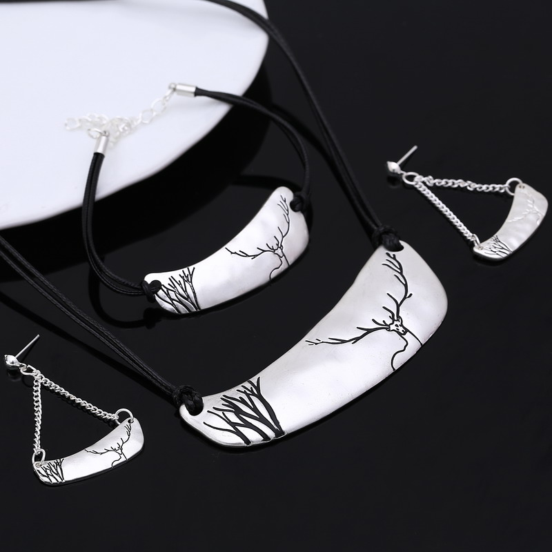 Top Quality Fashion Necklaces For Women Earrings Bracelets Silver Plated Jewelry Sets Leather Chain Enamel Jewelry Set elk Print