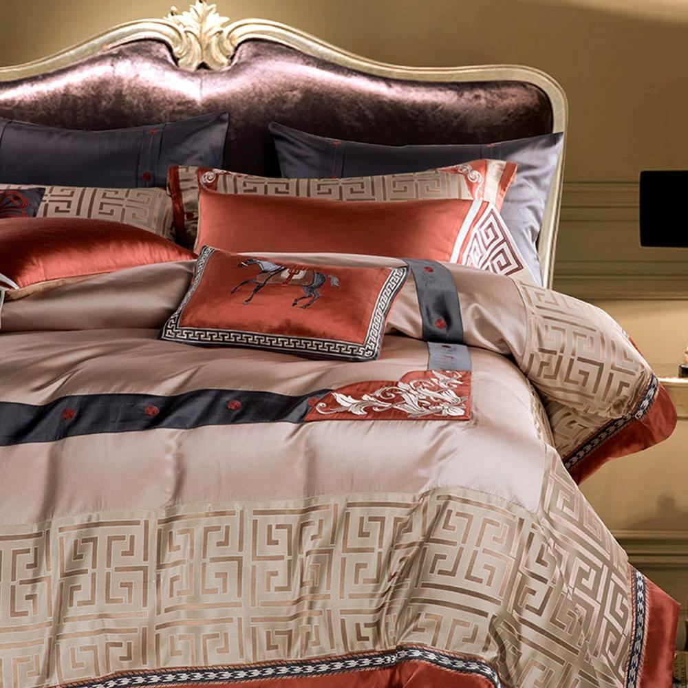 Image 4 - Svetanya luxury Brocade Bedding Set king queen double size Bed Linens-in Bedding Sets from Home & Garden