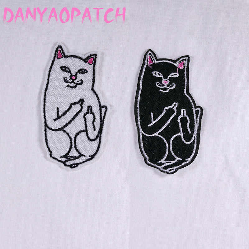 cat white and black   Iron  Patch Clothes Embroidery Applique Ironing Clothing Sewing Supplies Decorative Badge Sew On Badges