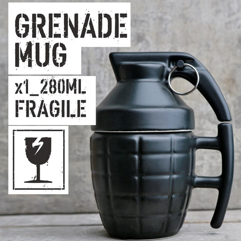1Piece Free Shipping White and Black with Lid Hand Grip Hand Grenade Design Ceramic Mug Cup