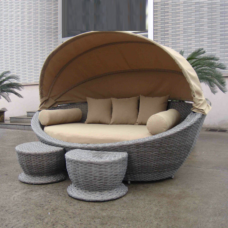 cane garden daybed with tea coffee table wicker oval daybed transport by sea in sun loungers. Black Bedroom Furniture Sets. Home Design Ideas