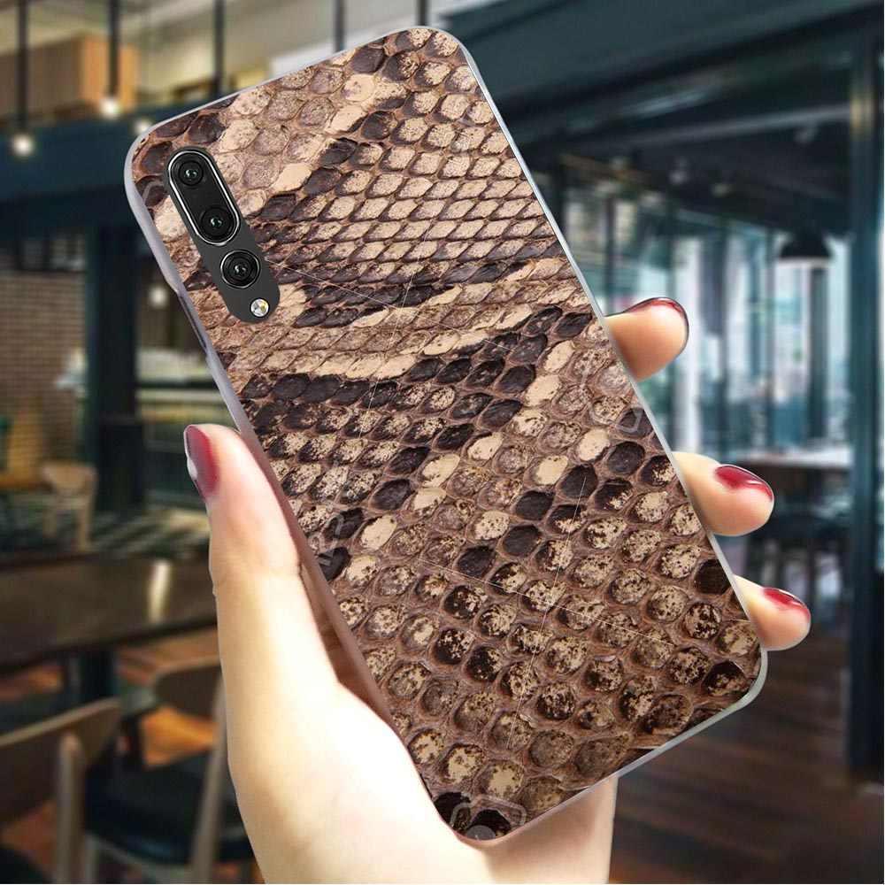Funda dura de cuero de serpiente para Huawei P Smart 2019 funda de teléfono para Mate 10 pro 20 lite 2018 P8 Lite 2017 P9 mini P10 P20 Pro