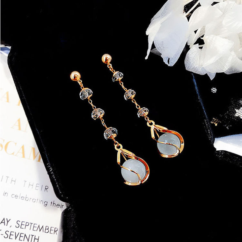 Temperament Rhinestone Gold Color Rose Dangle Earrings for Women Korea Fashion Elegant Charming Party Long Earrings for Female in Drop Earrings from Jewelry Accessories