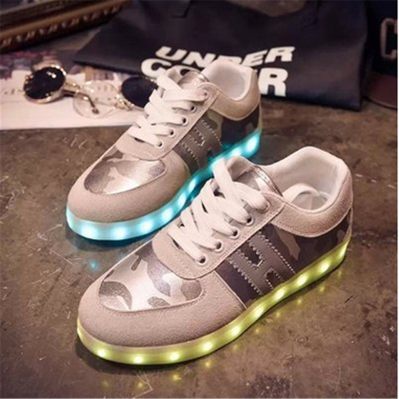 The new 2016 brand Unisex light shoes help with recreational shoe round head low luminous fluorescent