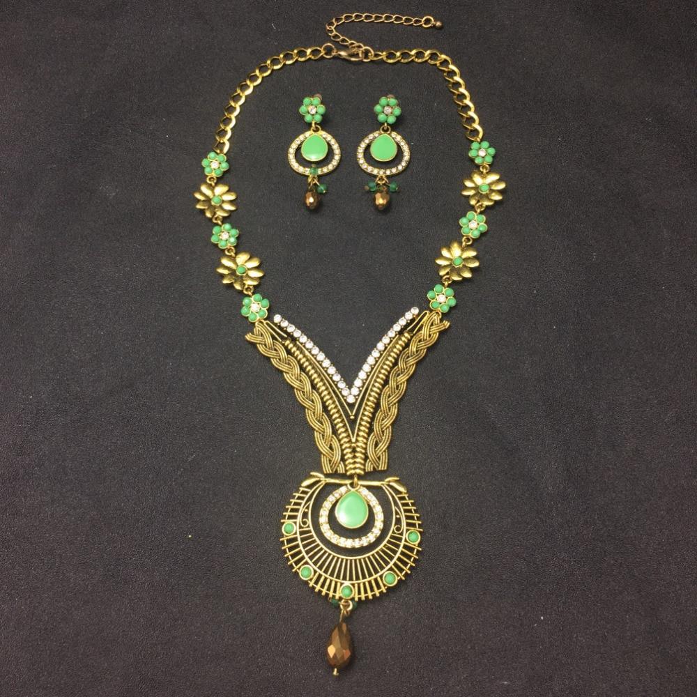 Diamantes de imitación de aleación de Zinc delicada Flor Gotas Collar Aretes Bisutería Set