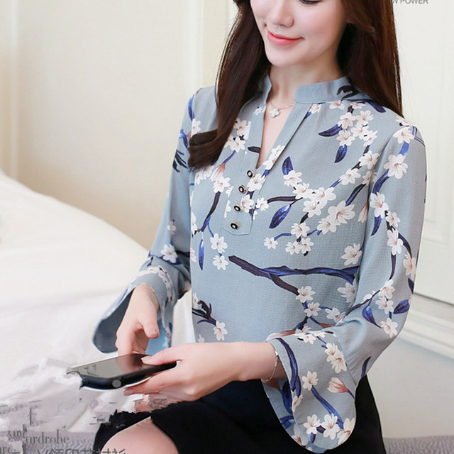 2018 Spring Chiffon Blouse Womens Tops and Blouses Long Flare Sleeve Printed Shirts Casual Ladies Shirt Clothing Chemise Femme
