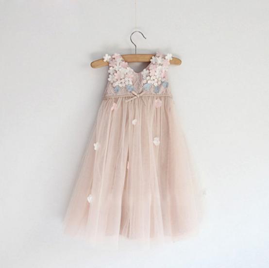 2016 New Spring Girls Lace Flower Long Sleeved TUTU Dress Children's Clothes Carve Designs Girl Kids Princess Party Dresses
