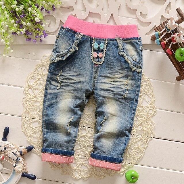 Новые Прибытия Корейского девушки весна маленькие дети джинсовые брюки карандаш брюки мультфильм печатных джинсы Розничная и оптовая торговля 0-3 год