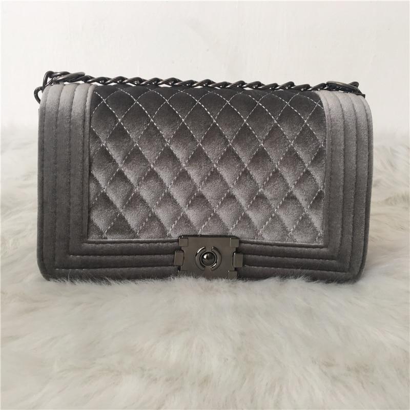 все цены на Luxury Handbags Women Bags Designer 2018 Srping Messenger Bag Velvet Chain Crossbody Bag For Women bolsa feminina Channels Women