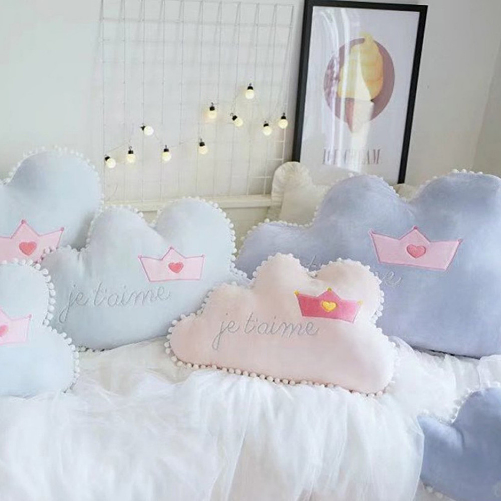 New 1pc Cloud-shaped Pillows with Crown Pattern Childrens Room Decorations Pillows Toy For Children drop shipping