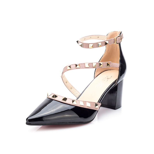 0d0e071701282 2018 new Baotou female sandals Korean fashion rivet pointed high heels sexy  shallow mouth hollow Women s