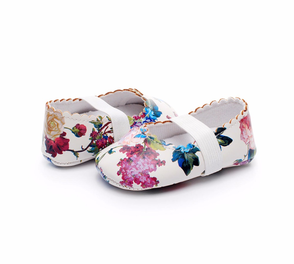 New-Designs-Princess-Dance-baby-Ballet-shoes-Cow-leather-soft-sole-Baby-Moccasins-Newborn-Crib-Maryjane-Girls-First-walkers-3