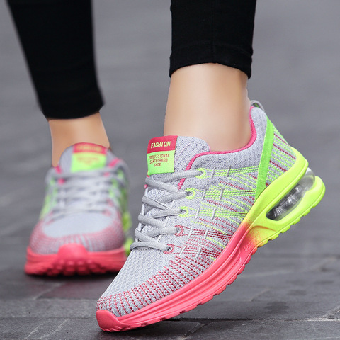 Women sneaker 2019 outdoor breathable couple casual shoes damping mixed color shoes woman fashion sports women running shoes Pakistan
