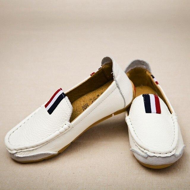 Niños zapatos casual piel auténtico.